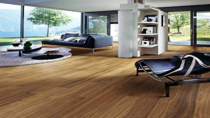 rumah lantai kayu