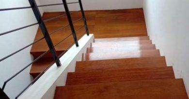 trap tangga kayu