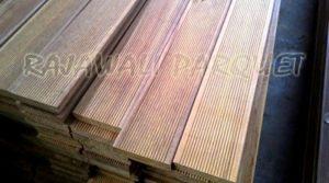harga decking kayu ulin