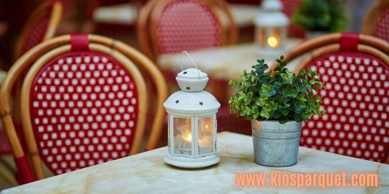 Konsep Dekorasi Café Outdoor - hadirkan suasana romantis